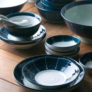 Juegos de vajilla de cerámica para 1 persona / 2 personas / 6 personas Cuencos de cerámica de color azul profundo Juego de cena de porcelana japonesa largo sushi