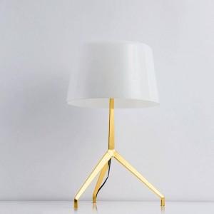 Diseño nuevo Breve decoración moderna lámpara de mesa trípode negro blanco luz dormitorio encantador decorativo E27 bombilla led