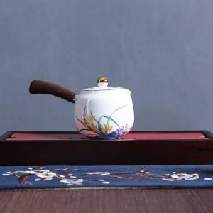 Tetera creativa de 210 ml Tetera pintada a mano Vajilla de porcelana blanca Vajilla Kung Fu Juego de té Tetera Tetera Artesanía Decoración