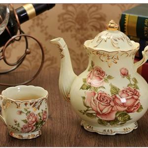 800 ML Estilo Pastoral Patrón Floral Cerámica Porcelana Cafetera Royal Gold Border Hervidor de Leche con Tapa Kit Tetera Regalos de Boda