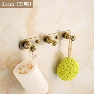 Tallado Flor Antiguo Latón cepillado Ropa Gancho Herrajes de baño Bata de baño Gancho de accesorio de baño 2312A
