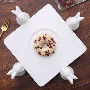 Marco de Pastel de cerámica Creativa Sala de estar Europea Conejo Plato de Fruta Bandeja de Pastelería Postre Mesa Soporte de Dulces Decoración de Pasteles Herramientas