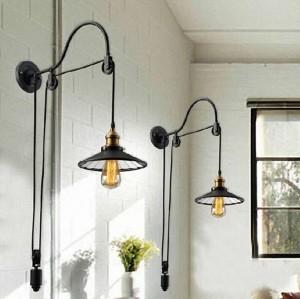 Pantalla retráctil creativa de la lámpara de pared de metal negro con apliques de pared con espejo para el restaurante cafe bar