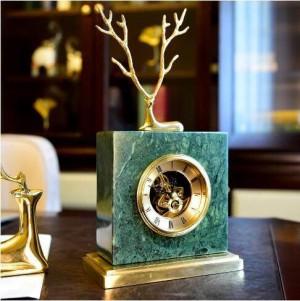 Ciervo de cobre europeo reloj de mármol americano retro hogar sala de estar estudio oficina gabinete de TV decoración regalo de decoración