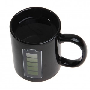 Batería innovadora que cambia de color Taza de café Taza de cerámica Taza de inducción termo Taza de café resistente al calor interesante