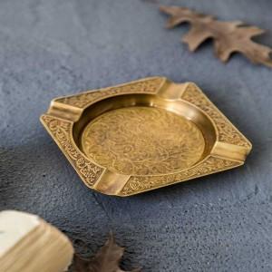 Bandeja de aperitivos de latón hecha a mano cuadrada de alta calidad clásica de InsFashion y frutos secos para la decoración de restaurantes de lujo