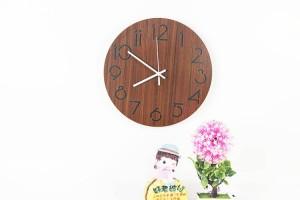 Reloj de pared moderno de grano redondo de moda minimalista Sala de estar dormitorio estudio reloj de pared mudo madera Relojes de pared Decoración de pared