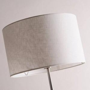 Lámpara de pie industrial minimalista moderna Lámparas de pie para sala de estar Iluminación de lectura Loft Triángulo de hierro Lámpara de pie simple