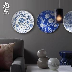 Mural moderno Colgante de pared Placa decorativa Líneas geométricas simples Azul y blanco / negro Jardín Estilo Decoración para el hogar Cerámica Artesanía