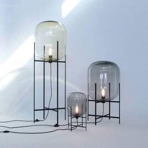 Lámpara de mesa creativa simple pantalla de cristal pantalla de escritorio cuerpo negro nuevo diseño tienda decoración del hogar mesita de noche
