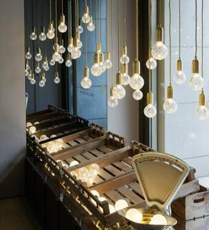 Nordic LED Colgante Luz simplicidad Creativa lámpara de gota hecha a mano de cristal Lámpara Colgante Luz Arte Decoración 3W G9 bombilla led