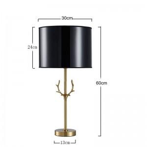 El trabajo manual de la lámpara de mesa de asta moderna de Nordic post hace que todos los modelos de asta de cobre en el hotel sala de estar villa decoración de lujo iluminación
