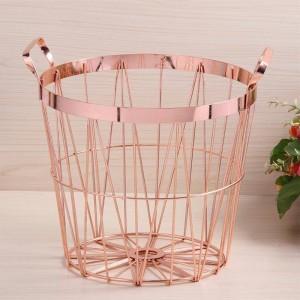 Estilo nórdico Canasta de almacenamiento de oro rosa Hierro forjado Aclare la canasta de lavandería con asa