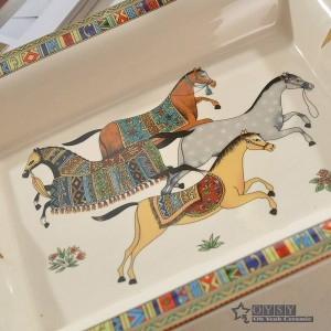 Cenicero de porcelana hueso dios caballo diseño del esquema en forma rectangular de oro cenicero decoración del hogar suministros regalos de empresa
