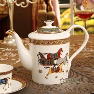 Juego de café de porcelana hueso dios caballos diseño del esquema en oro 15 piezas juego de té europeo cafetera cafetera jarra taza platillo conjunto