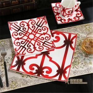 Juego de vajilla de cerámica de estilo europeo de porcelana de moda de hueso Diseño rojo 5 piezas de vajilla sets Juego de cena de rayas regalos
