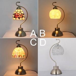 Lámpara de escritorio Tiffany tradicional Lámpara de concha Pantalla de estilo rústico Lámpara de mesilla de noche color de latón bombilla led E27 romántica y cálida blanca