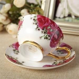 Tarde de cerámica Tazas y platillos de té negro Taza de café con hueso con bandeja Juego de vasos de porcelana Dropshipping